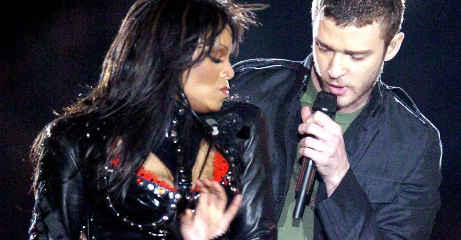 Tearful Janet Jackson breaks silence after Justin Timberlake apologises for 2004 Super Bowl controversy: 'Thank you'